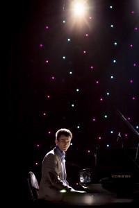 Владимир Оводок, фортепиано